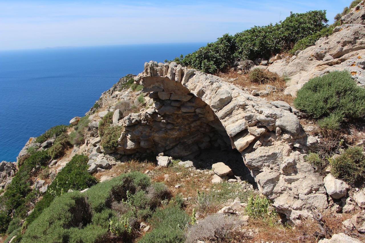 Vriokastro Castle