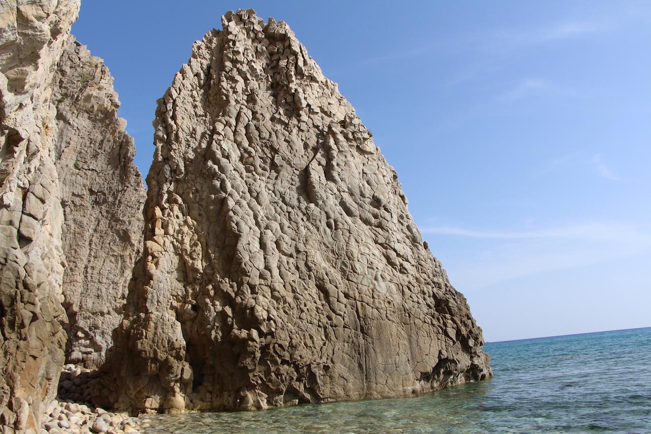 Hilandri Caves